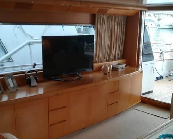 sarama-yacht-cconforthotels.com-21-08