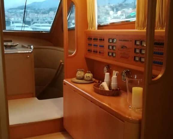 sarama-yacht-cconforthotels.com-21-20
